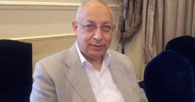دكتور أحمد سيد زكي نائب جراحة مسالك بولية